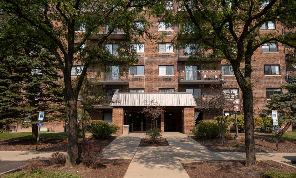 Entrance to Mandalane Apartments in Wheeling, Illinois