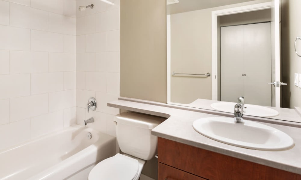 Yaletown 939 offers a bathroom in Vancouver, British Columbia