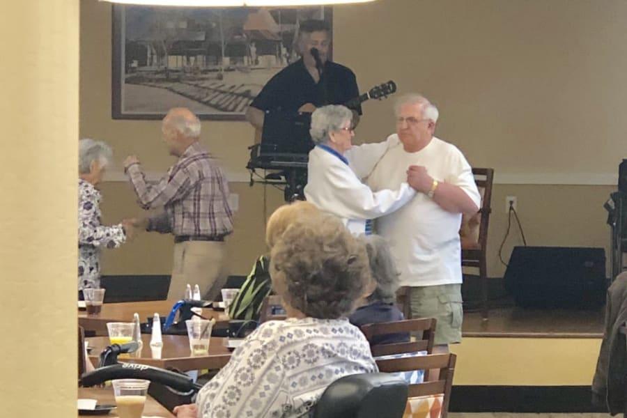 Happy hour dancing at Casa Del Rio Senior Living in Peoria, Arizona