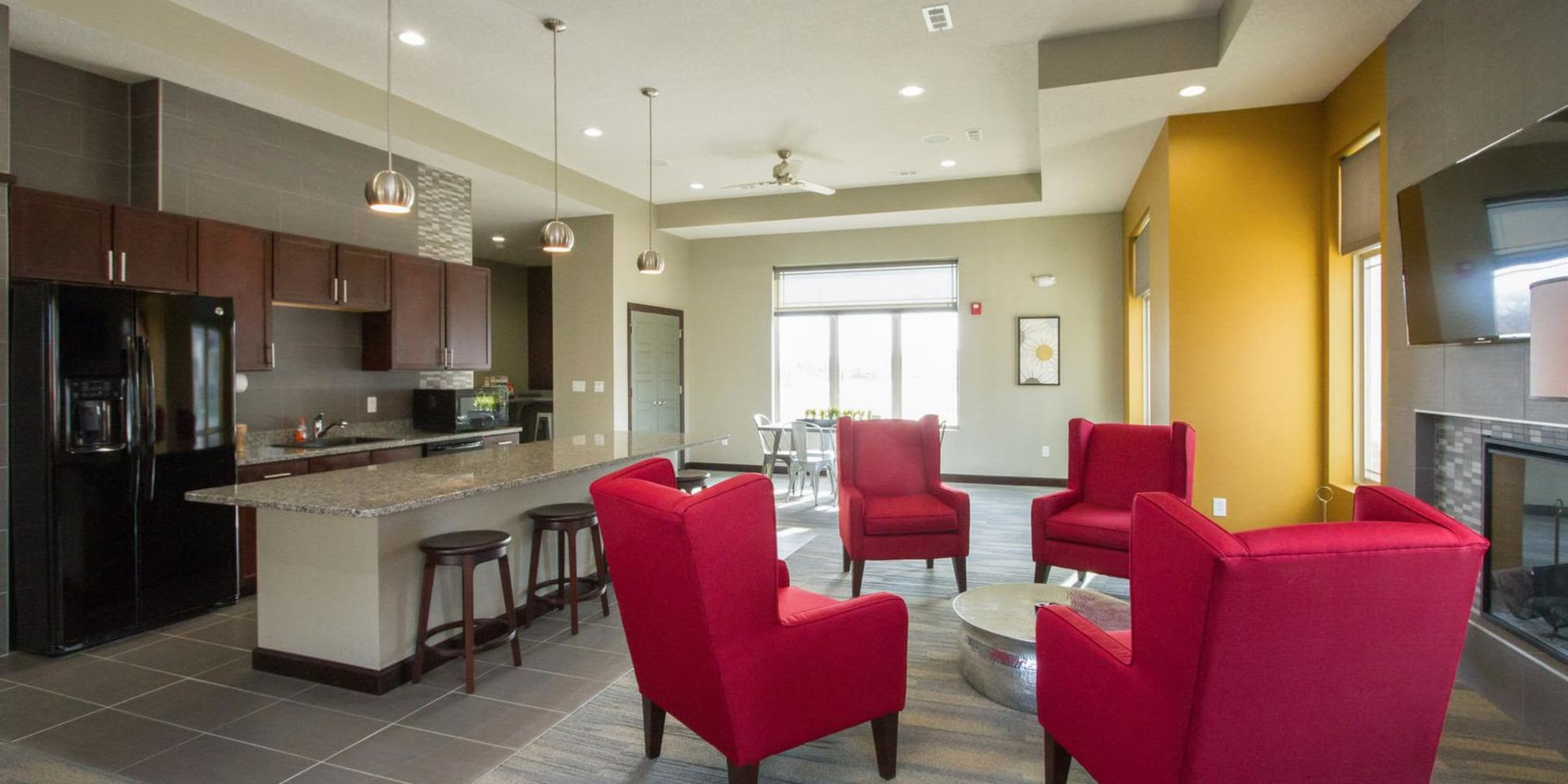 Apartments in West Des Moines, Iowa at The Cascades at Jordan Creek