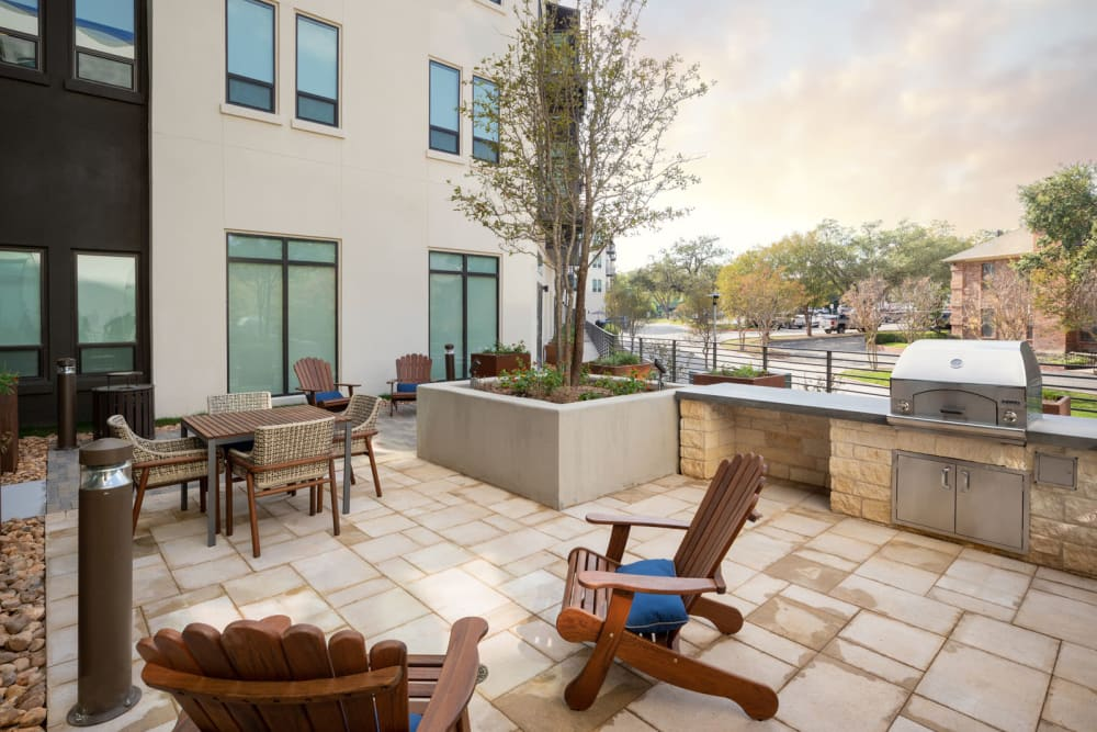 Grill and patio area for outdoor gatherings at Magnolia Heights in San Antonio, Texas