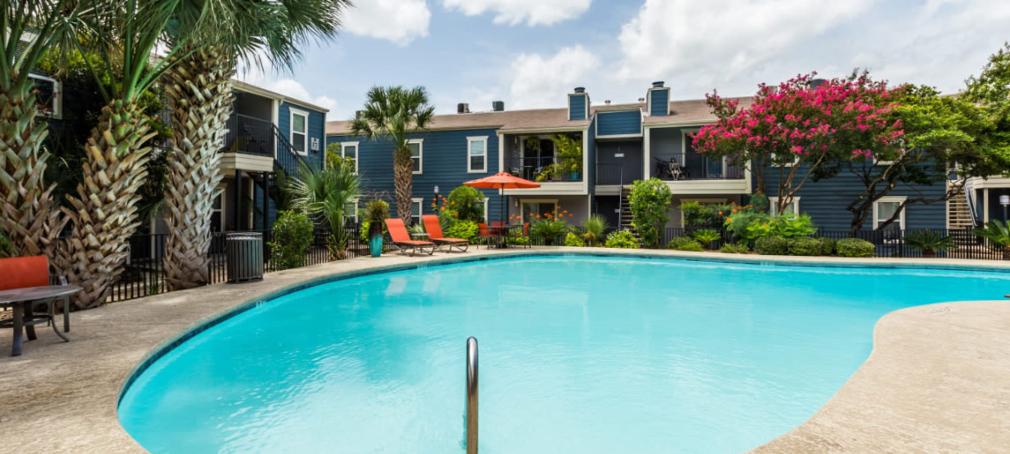 Apply to live at Austin Midtown in Austin, Texas