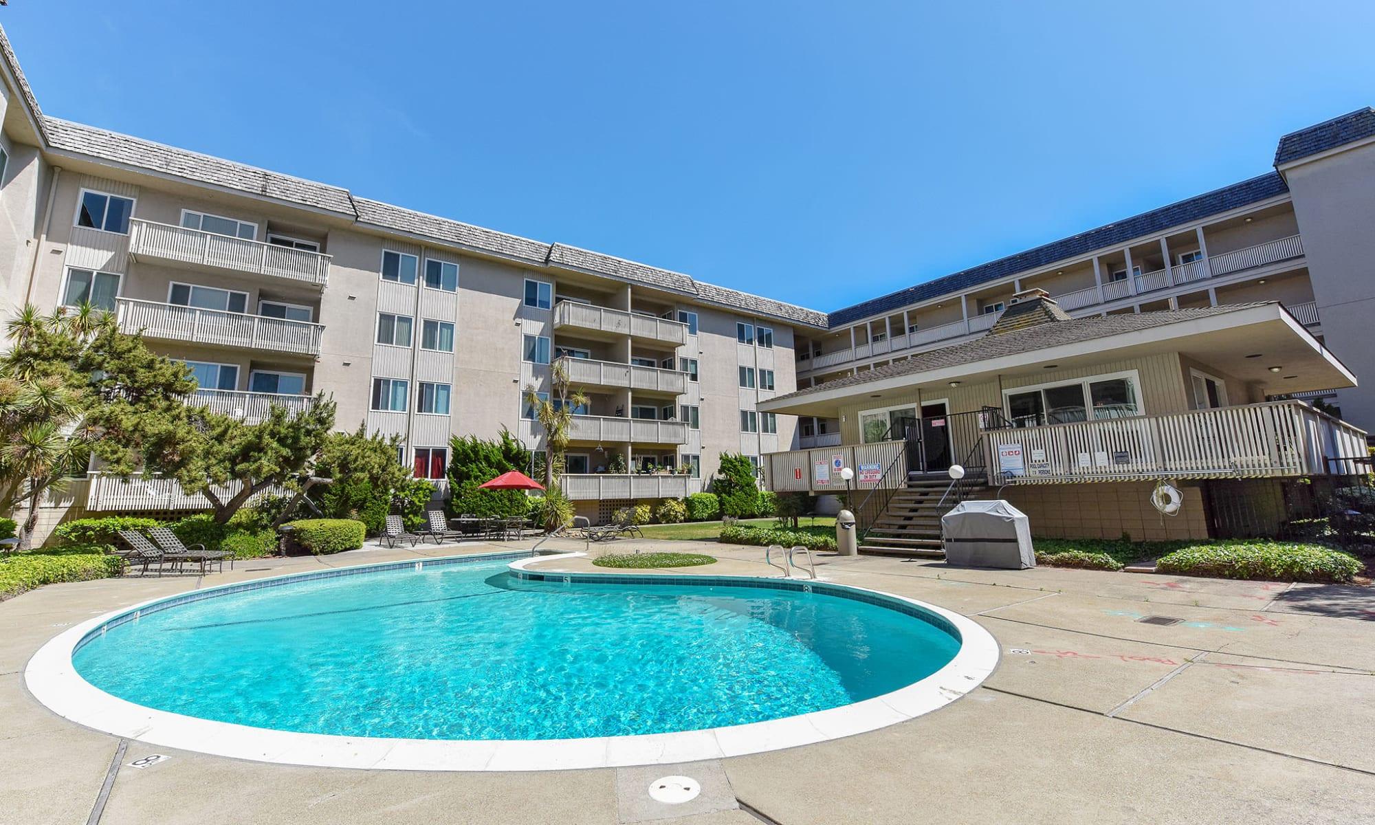 Apartments in Alameda, CA