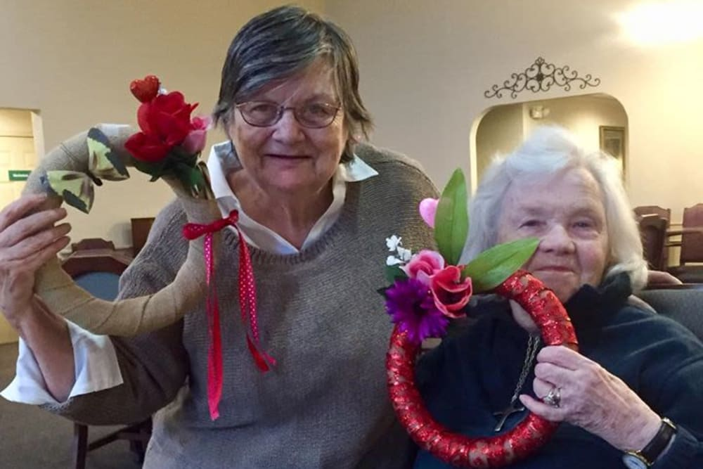 Residents making wreaths at Brentwood at Hobart in Hobart, Indiana
