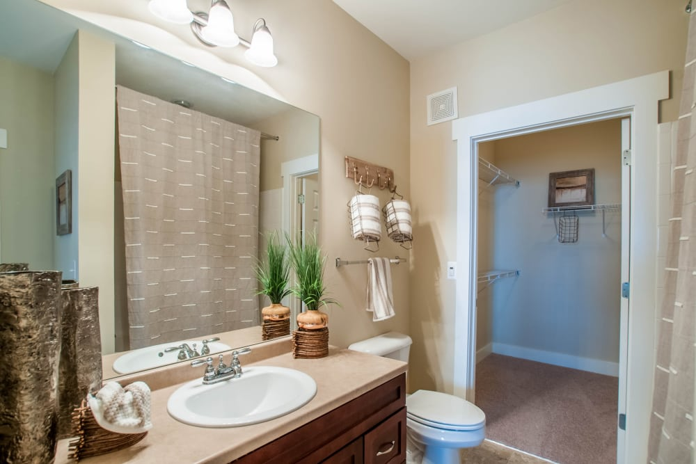 Upgraded bathrooms at Atlanta apartments