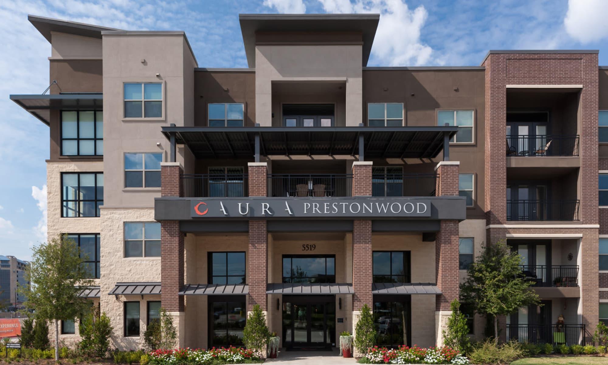 Front entrance at Aura Prestonwood in Dallas, Texas