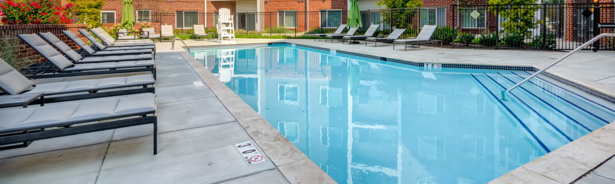 Contact Crossings at Olde Towne for information about our apartments in Gaithersburg
