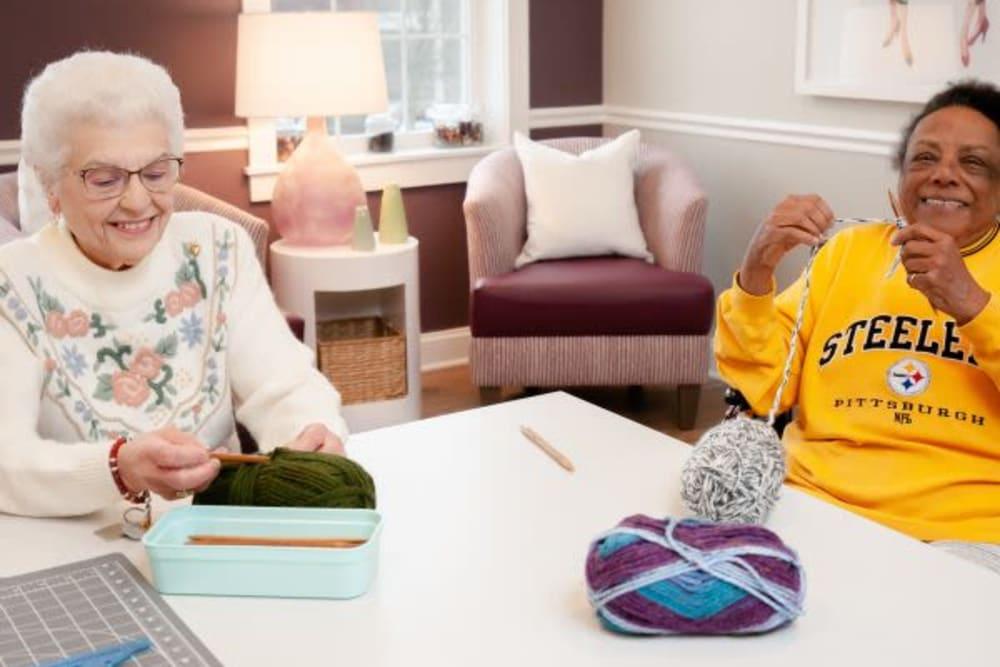 Residents knitting at Mercer Hill at Doylestown in Doylestown, Pennsylvania