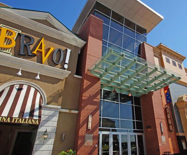 Shopping mall in Cheektowaga, New York near Idylwood Resort Apartments
