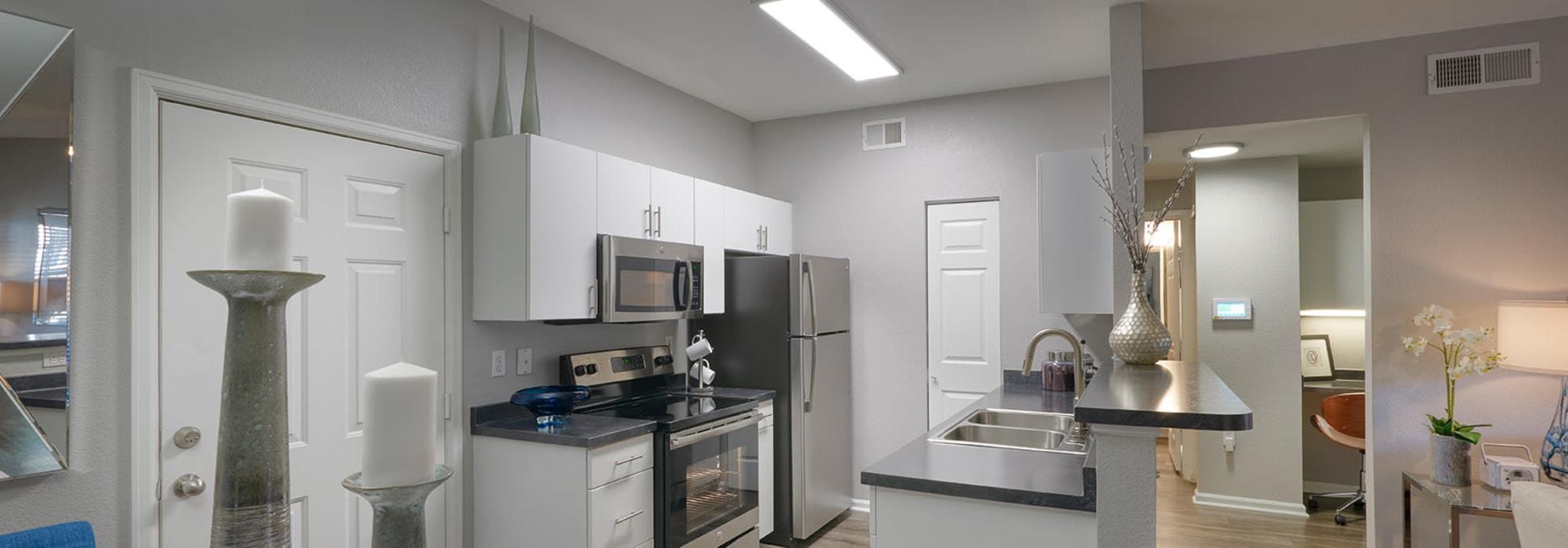 Reviews at Crestone Apartments in Aurora, Colorado