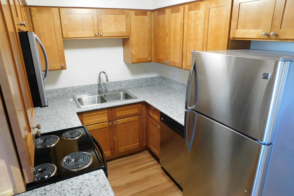 Lakeside Apartments offers a beautiful kitchen in Albany, Oregon