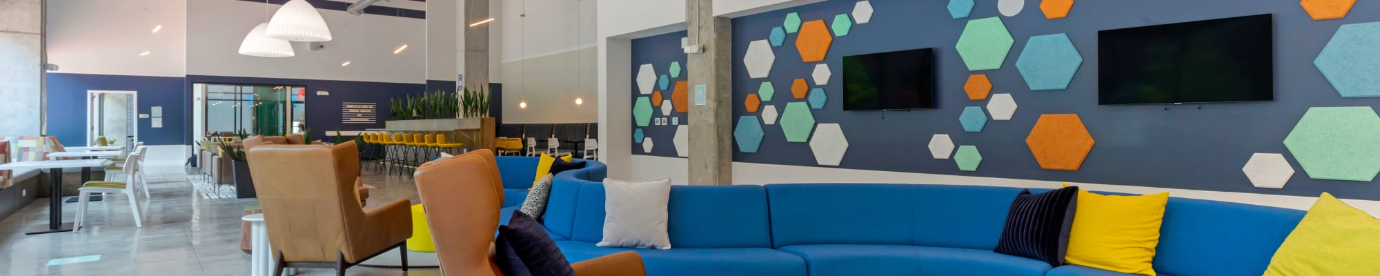 Video Tours at UNCOMMON Raleigh in Raleigh, North Carolina