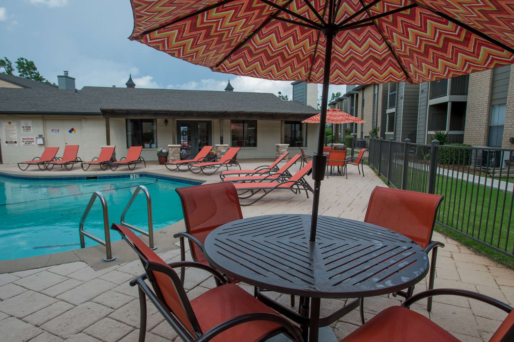 Swimming pool at Cimarron Pointe Apartments in Oklahoma City, Oklahoma
