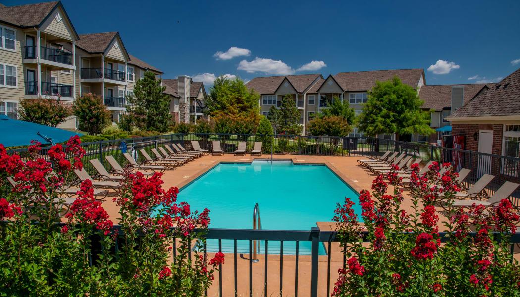 The pool at Villas at Stonebridge in Edmond, Oklahoma