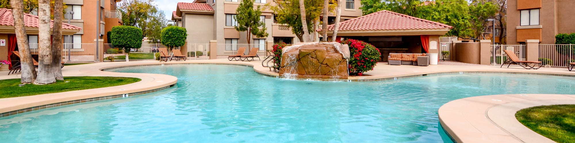 Amenities at The Palms on Scottsdale in Tempe, Arizona