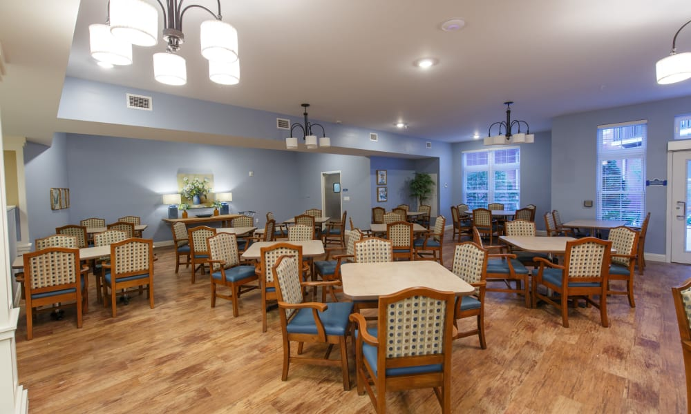 Resident dining room at Keystone Place at Terra Bella in Land O' Lakes, Florida.