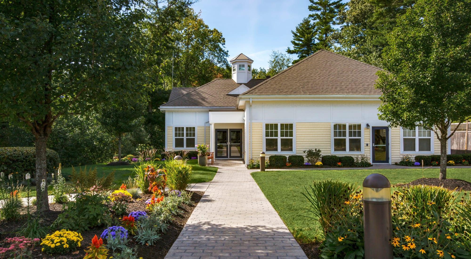 Schedule your tour of Regency Place in Wilmington, Massachusetts