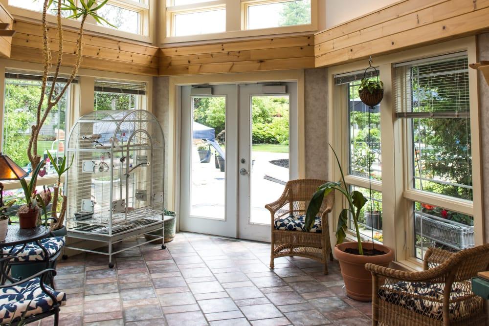 Lounge area at Maplewood at Orange in Orange, Connecticut