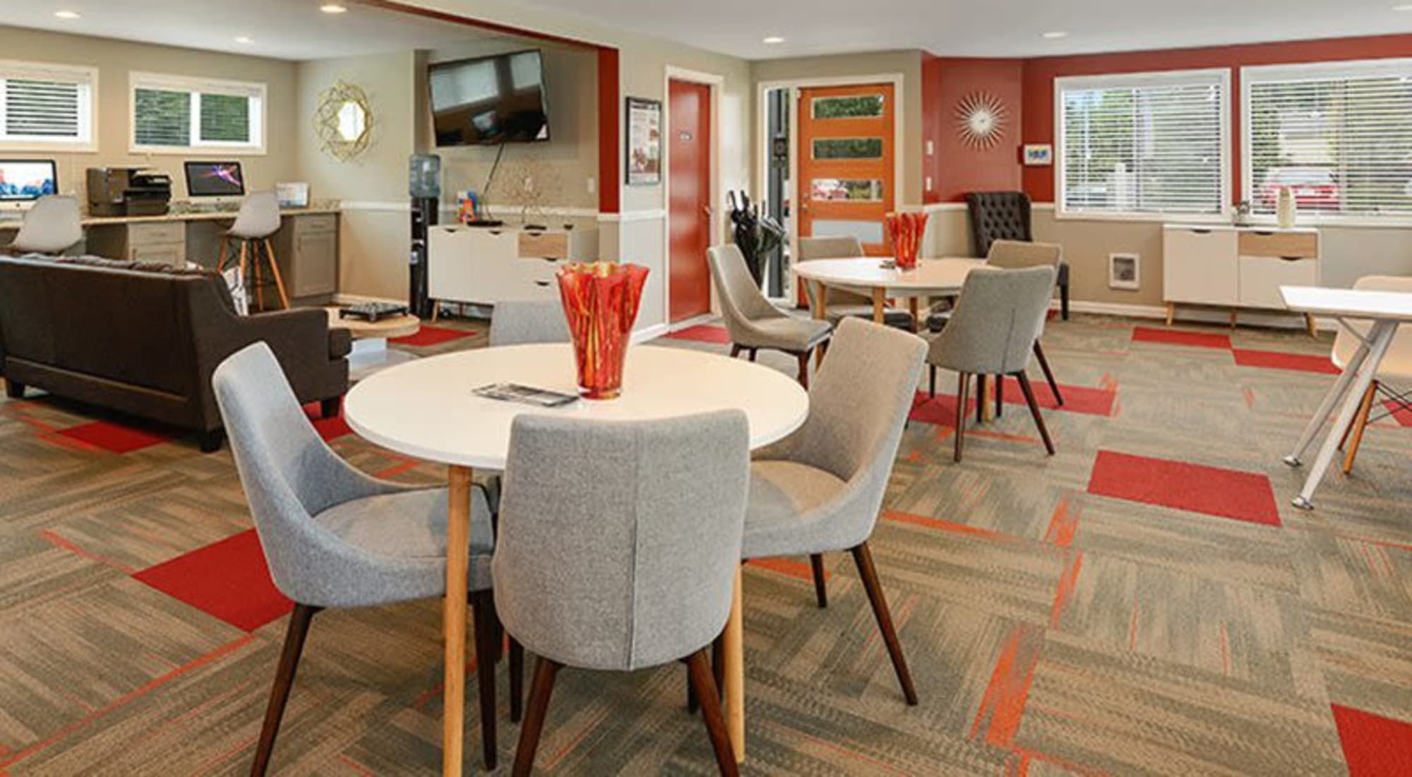 Apply to live at Terra Apartment Homes in Federal Way, Washington