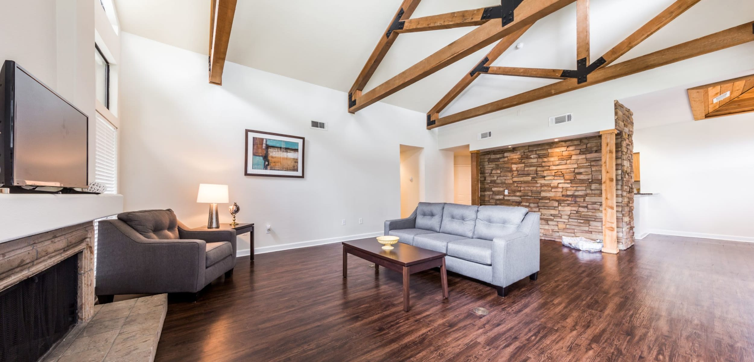 Living space with vaulted ceilings at Marquis at Caprock Canyon in Austin, Texas