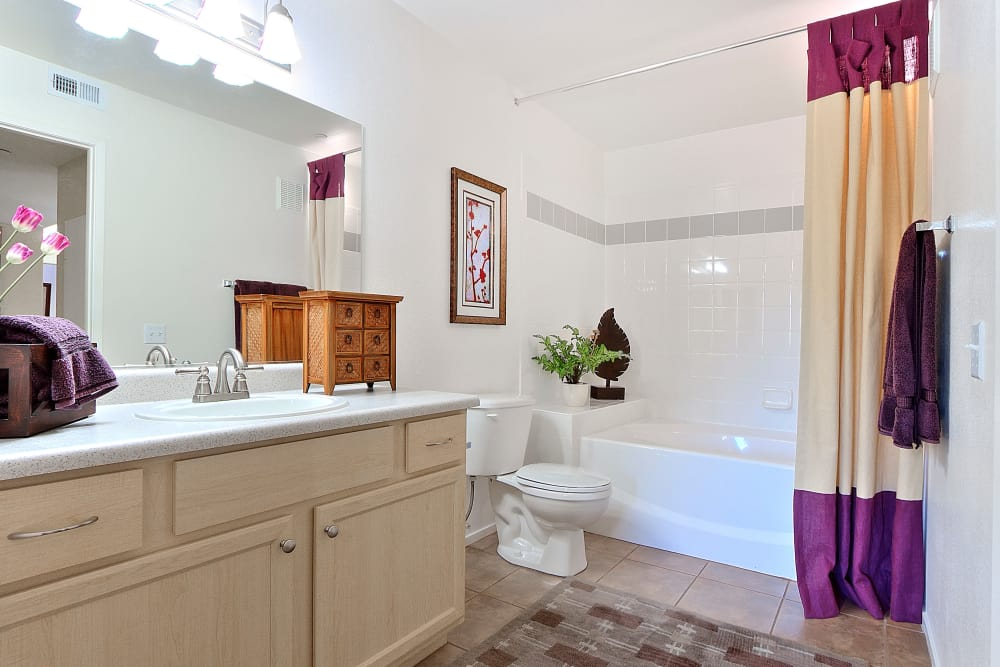 Cielo Apartment Homes offers a beautiful bathroom in Henderson, Nevada