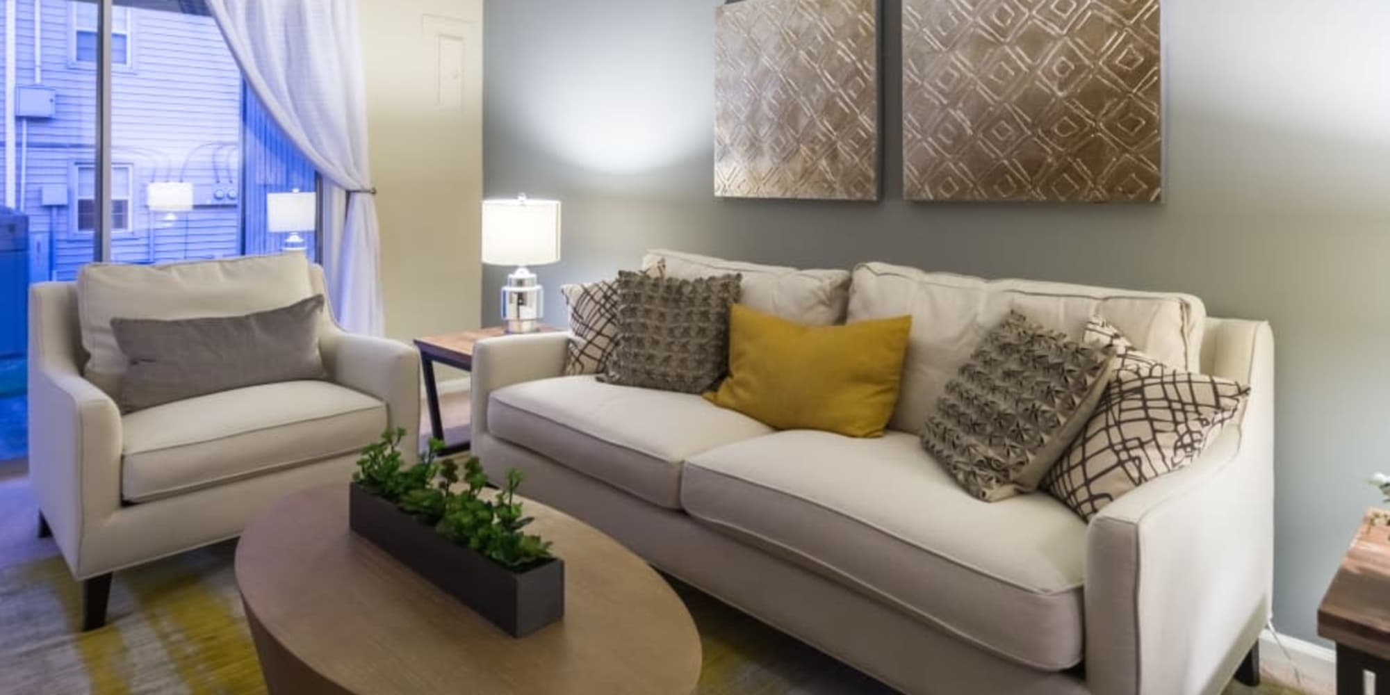 Ideal living room at Governours Square in Columbus, Ohio