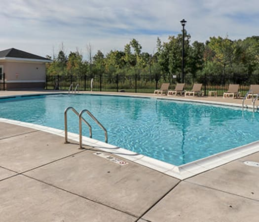 Fabulous swimming pool at Gateway Landing on the Canal in Rochester, New York