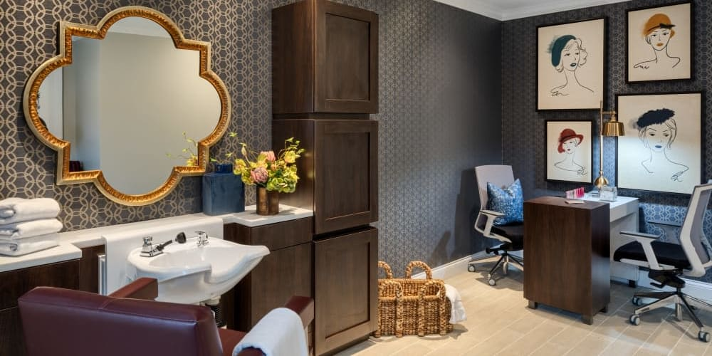Luxurious salon at Stonecrest of Meridian Hills in Indianapolis, Indiana