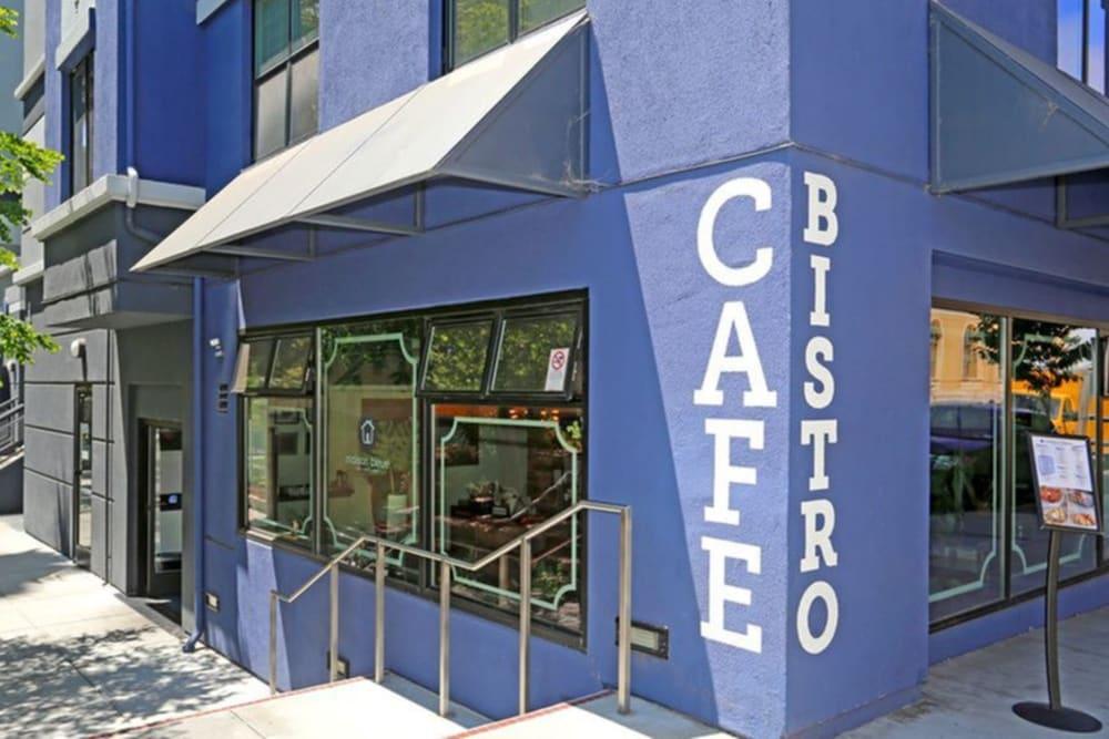 Onsite cafe at K Street Flats Apartment Homes in Berkeley, California
