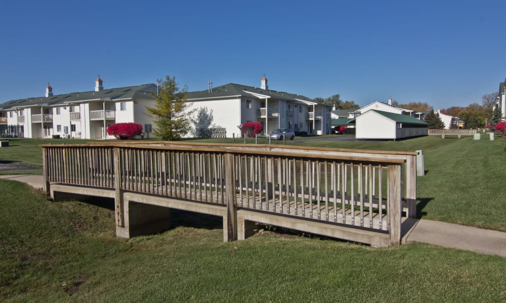 Wooden bridge at Steeplechase Apartments & Townhomes in Toledo, OH