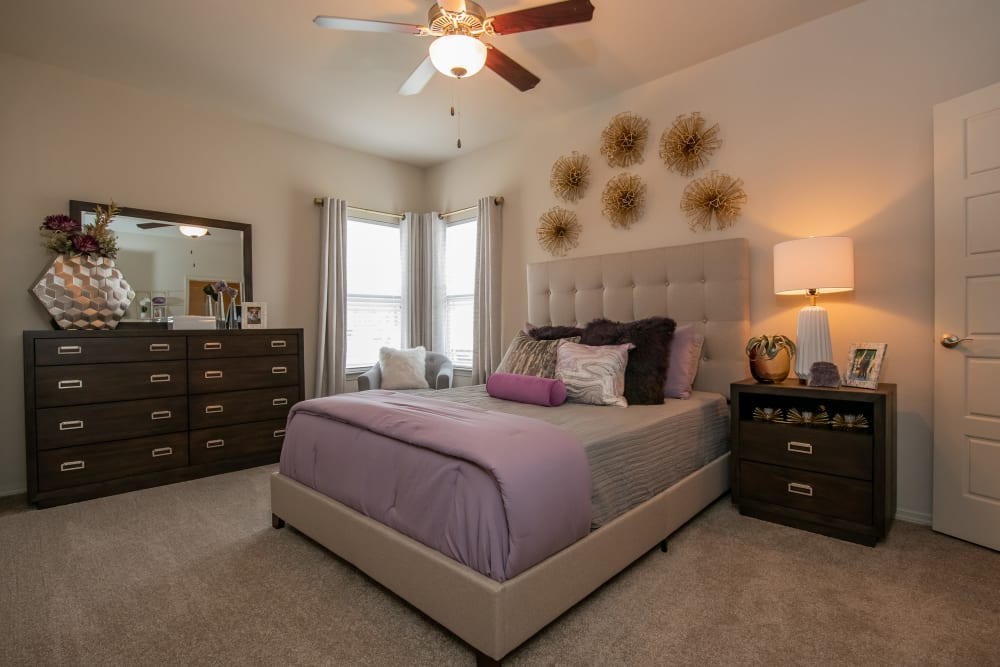 Bedroom with corner windows at Cedar Ridge in Tulsa, Oklahoma