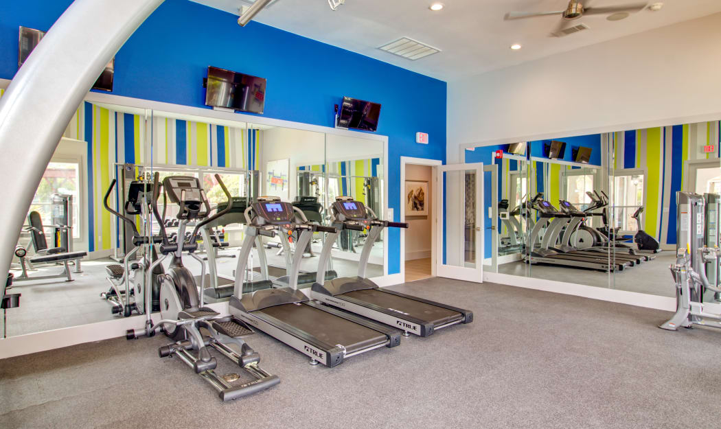Fitness center at Amberjack Estates in Houston, TX