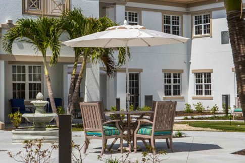 Lifestyle Amenities at Beach House Assisted Living & Memory Care Naples in Naples, Florida