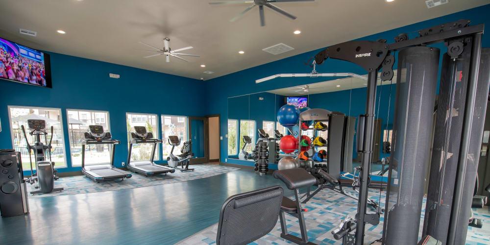 The fitness center at 97@ North Oak in Kansas City, Missouri