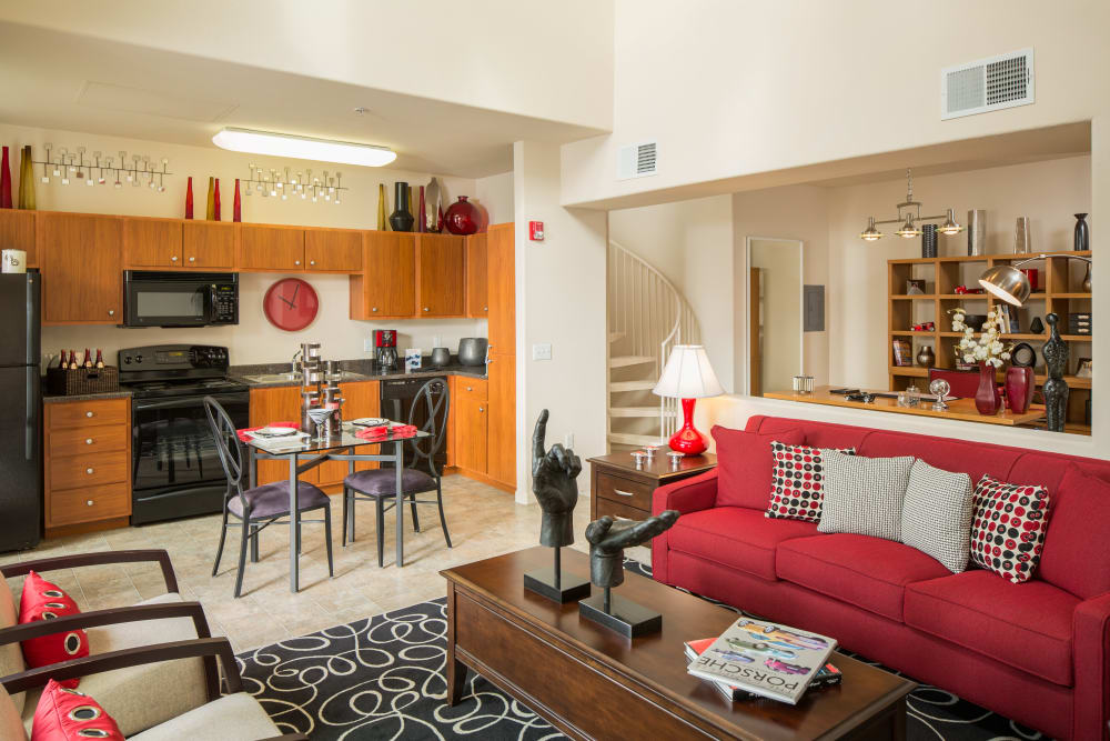 Luxury Studio 1 2 Amp 3 Bedroom Condos Amp Apartments In
