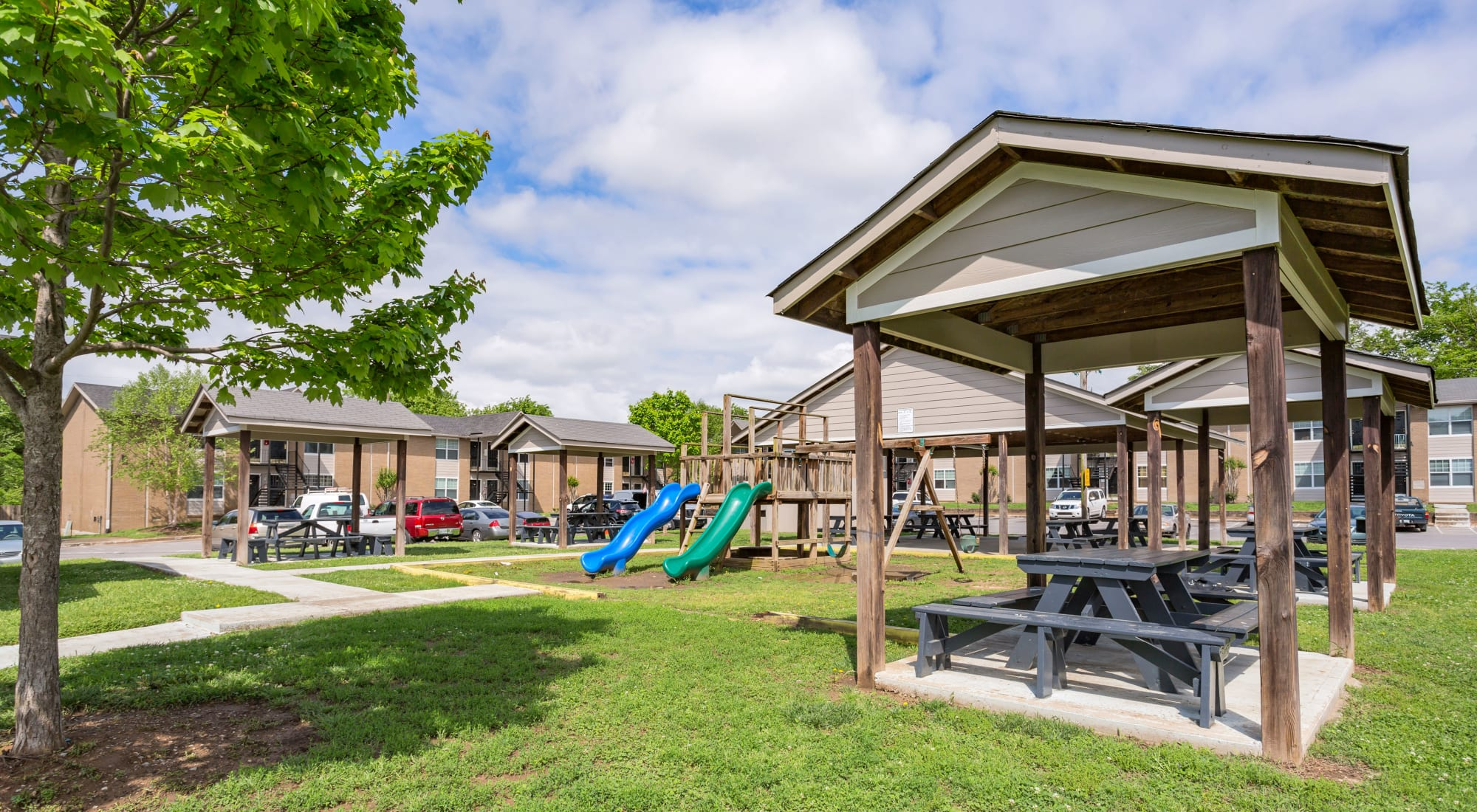 Picnic and Play Area at Maple Creek in Nashville, TN