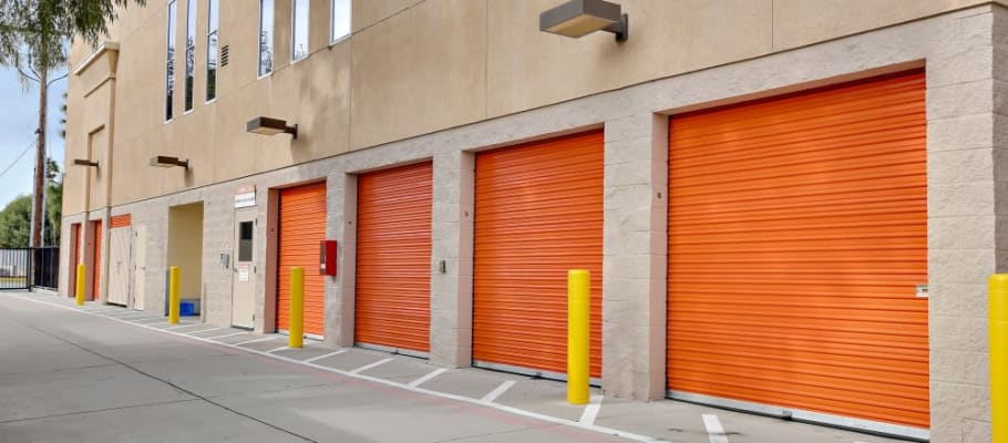Easy-access outside storage units in San Jose, California