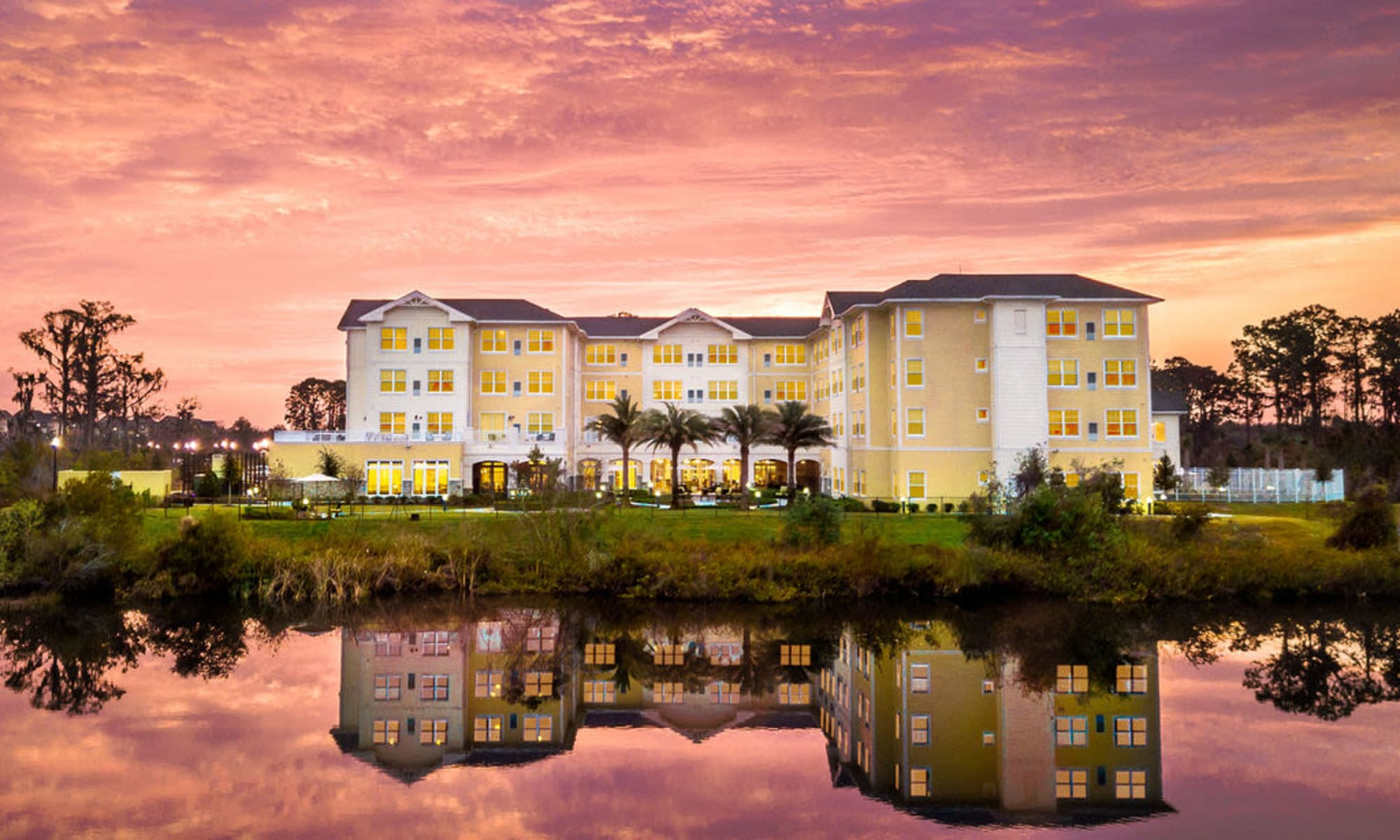 Senior living at Azpira at Windermere in Windermere, Florida