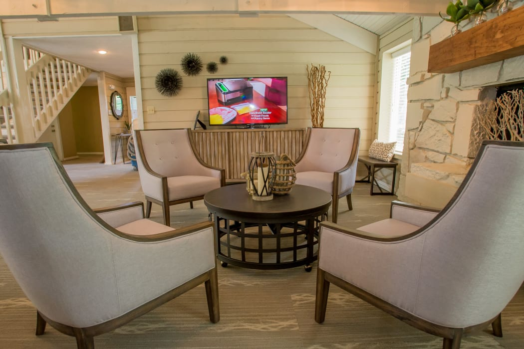 Clubhouse TV area at Country Hollow in Tulsa, Oklahoma