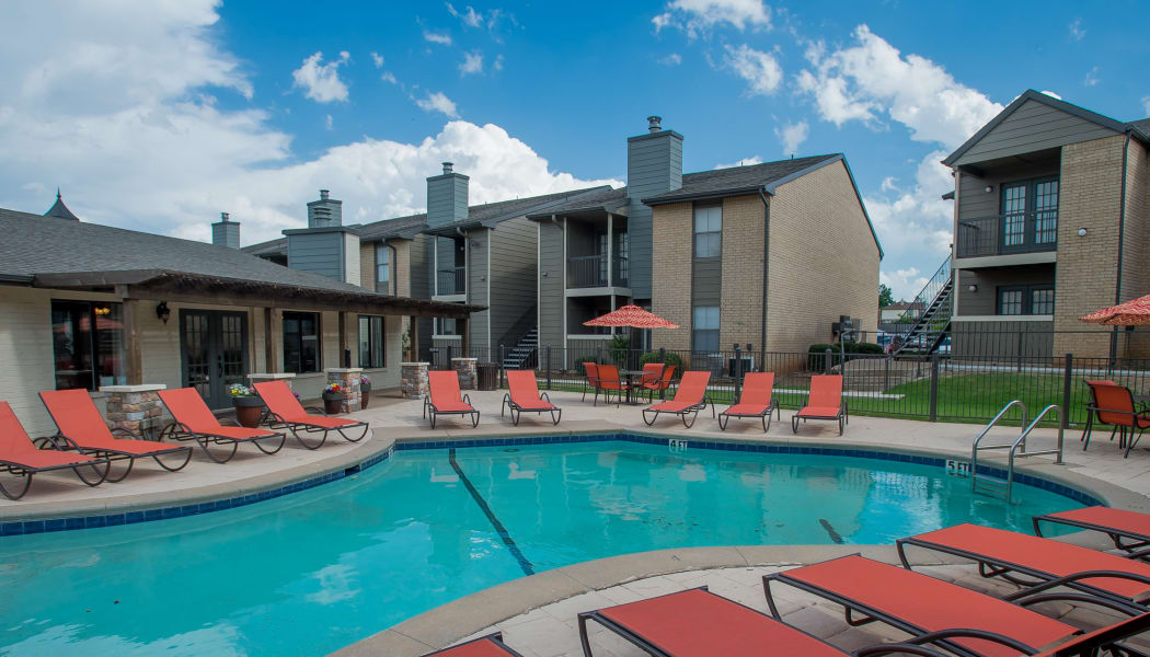 The community pool at Cimarron Pointe Apartments in Oklahoma City, OK