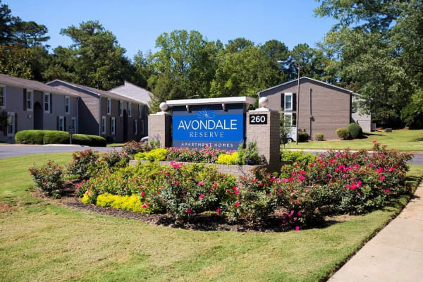 Avondale Reserve apartments in Avondale Estates, Georgia