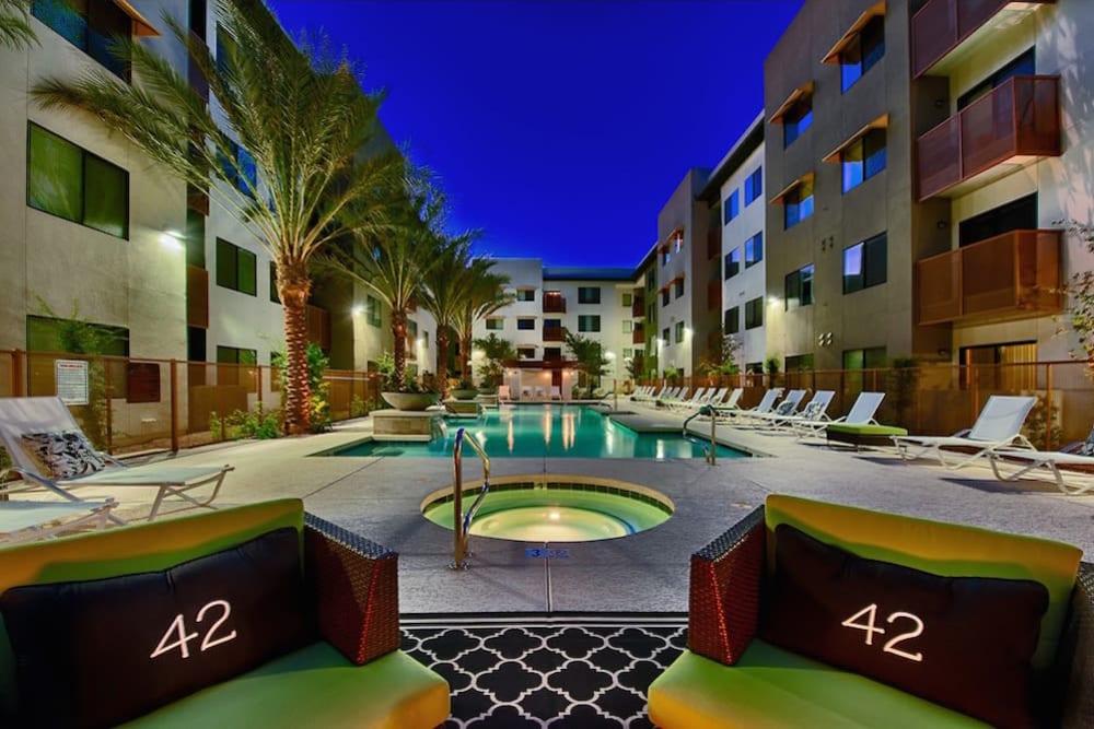 Beautiful swimming pool at Cactus Forty-2 in Phoenix, Arizona