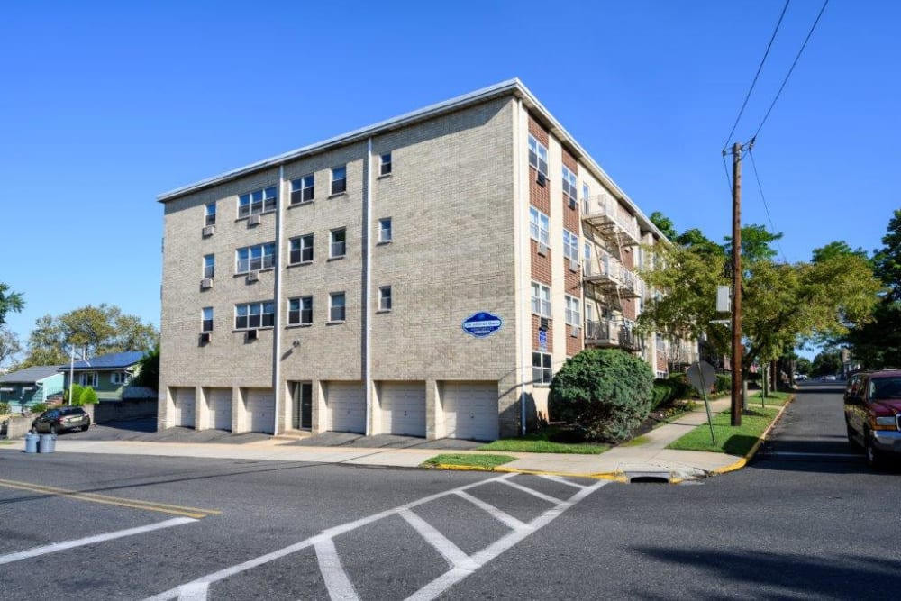Exterior and parking at The Central House in Ridgefield Park, New Jersey