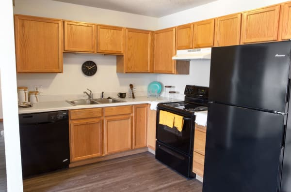Apartment kitchen at Reserve at Kirkwood in Cedar Rapids, Iowa