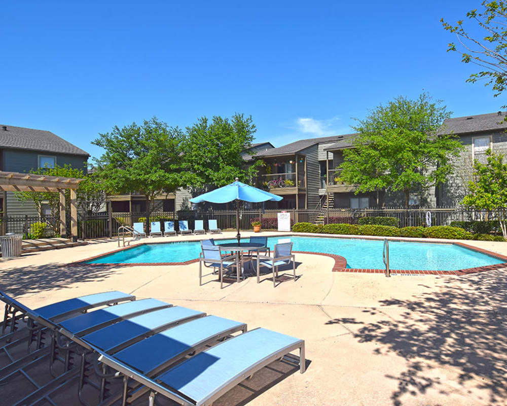 Swimming pool at The Lodge on El Dorado in Webster, Texas