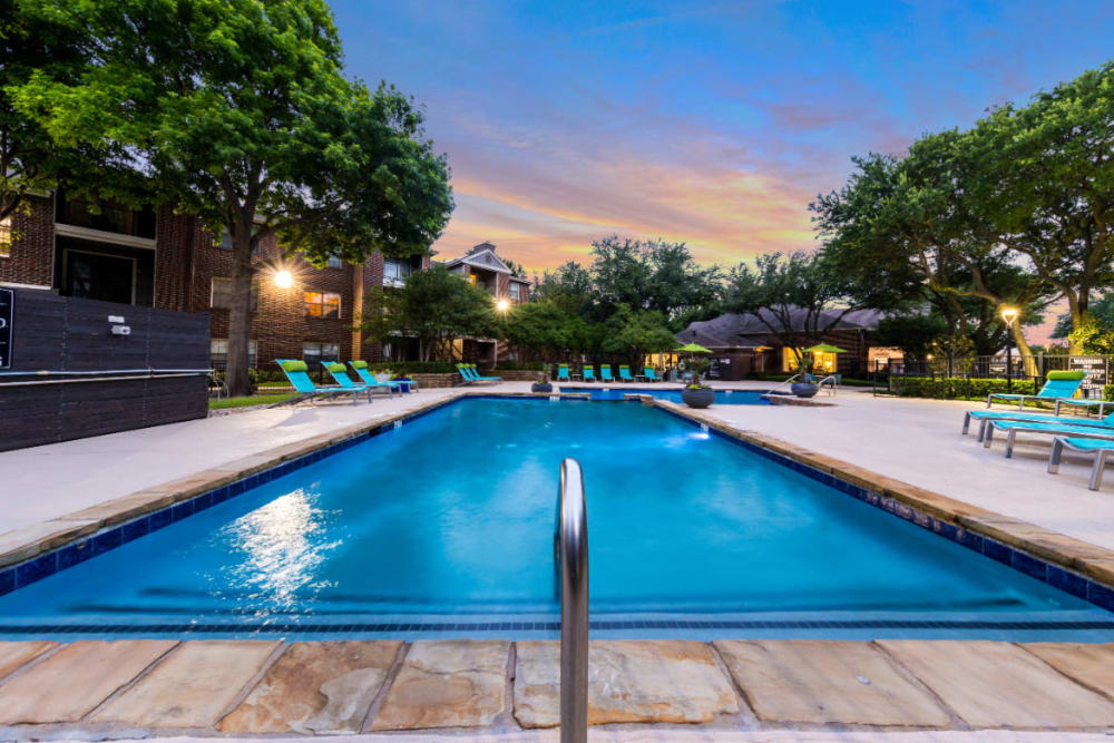 Sparkling, resort-style swimming pool at Marquis at Legacy in Plano, Texas