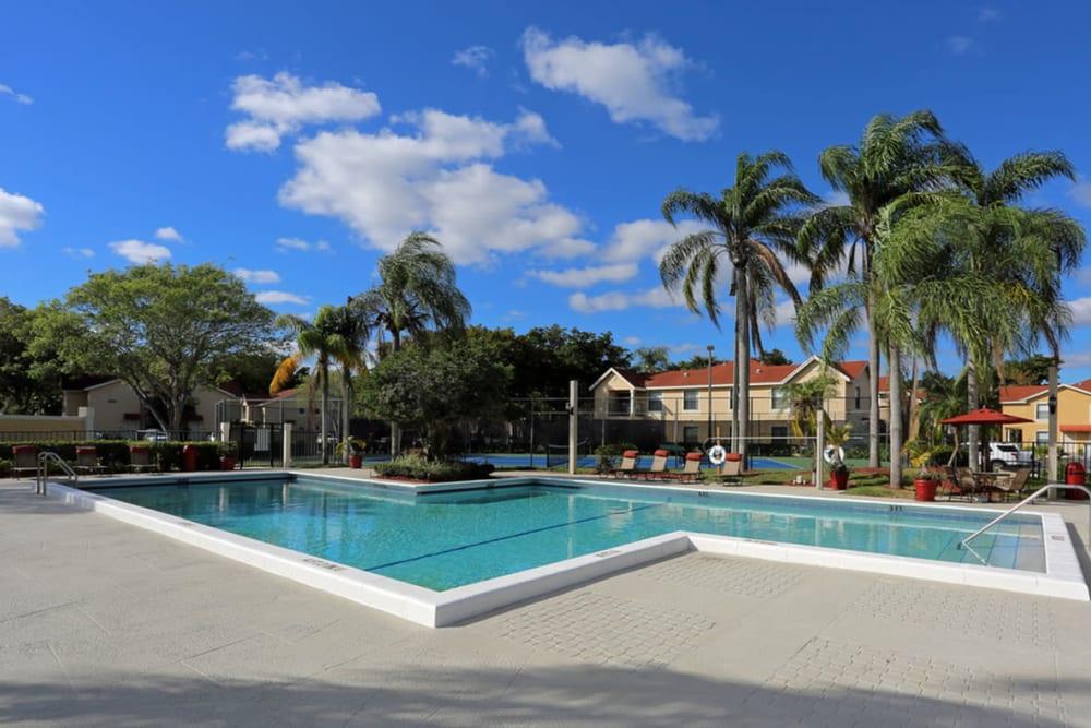 Swimming pool at Savannah Place Apartments & Townhomes in Boca Raton, Florida
