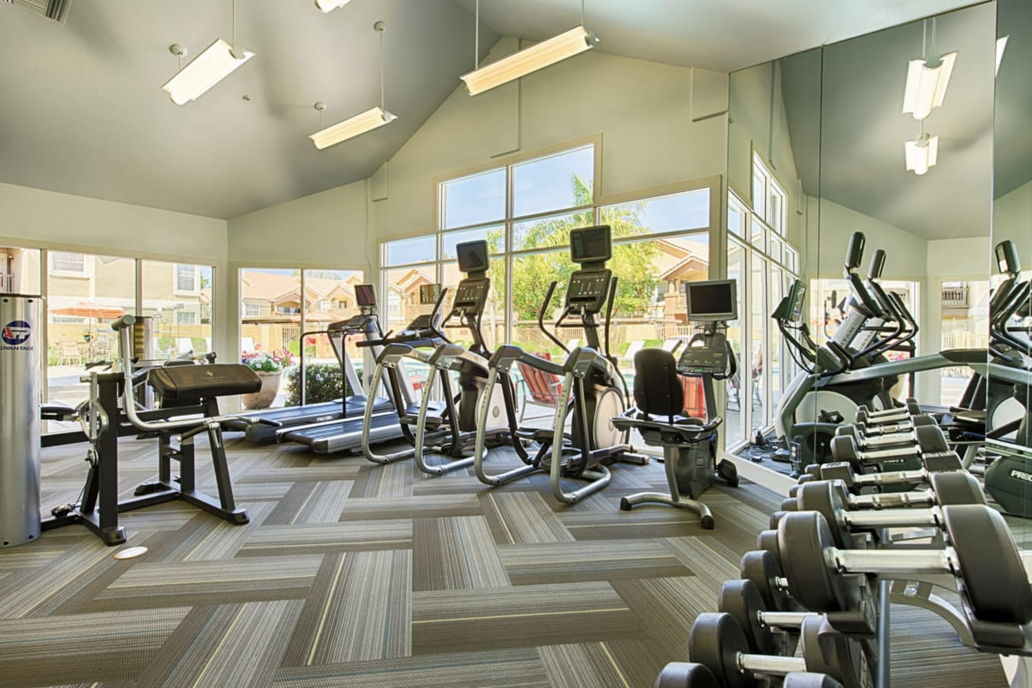 Sonoran Vista Apartments in Scottsdale, Arizona, offer a fully equipped fitness center