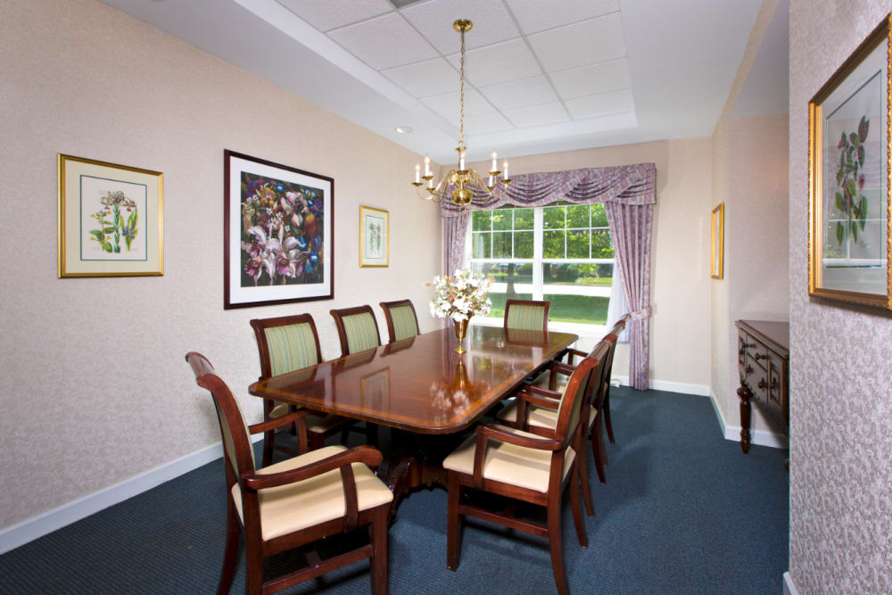 Our luxury apartments and townhomes in Baltimore, Maryland showcase a dining room