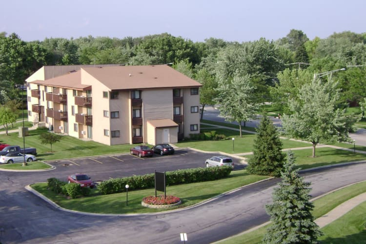 Front view at apartments in Richton Park, Illinois